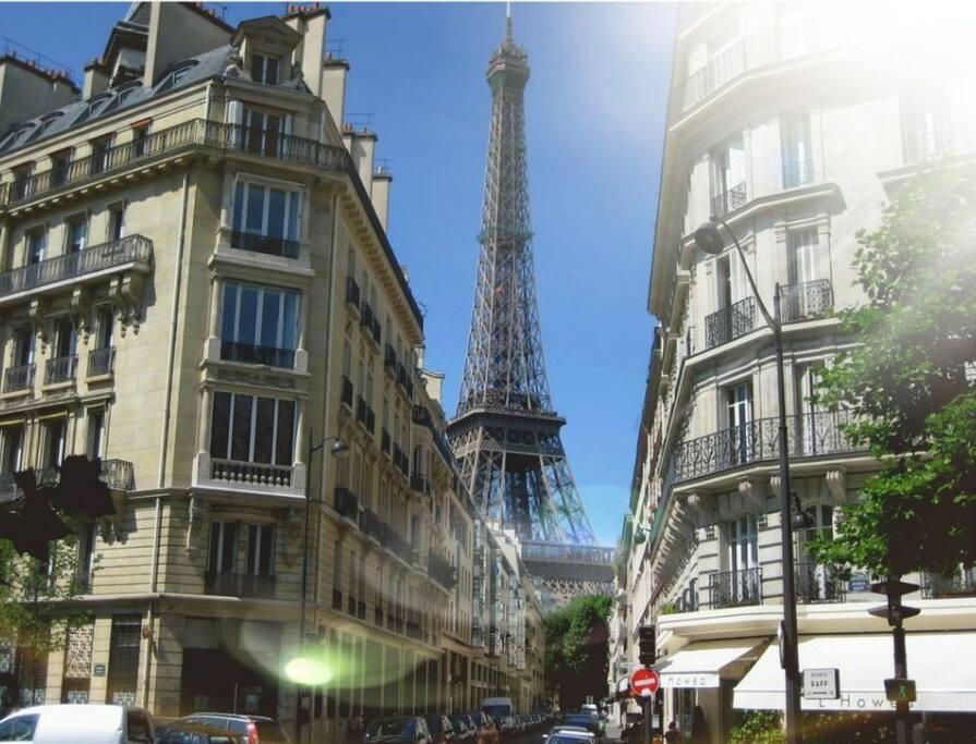 vue de la tour Eiffel notre rue