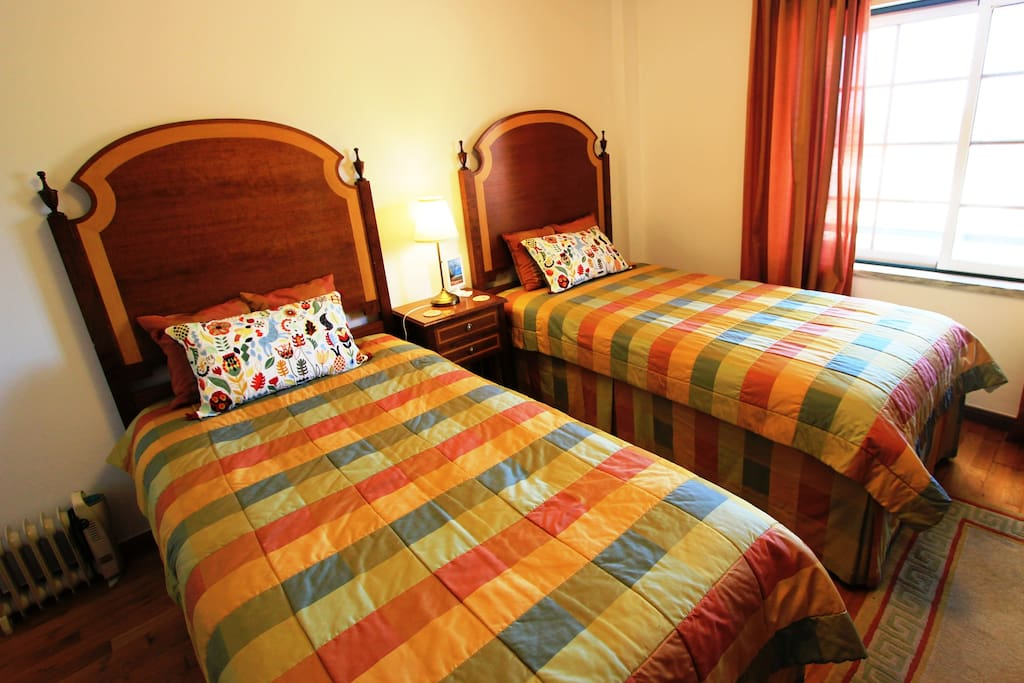 Twin Room with 2 beds, Hi-Fi, Tv