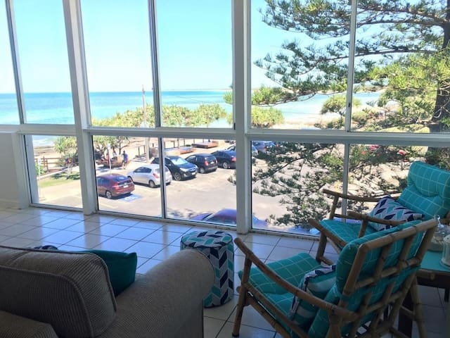 Beachfront at Kings Beach,Caloundra - Kings Beach - Appartement