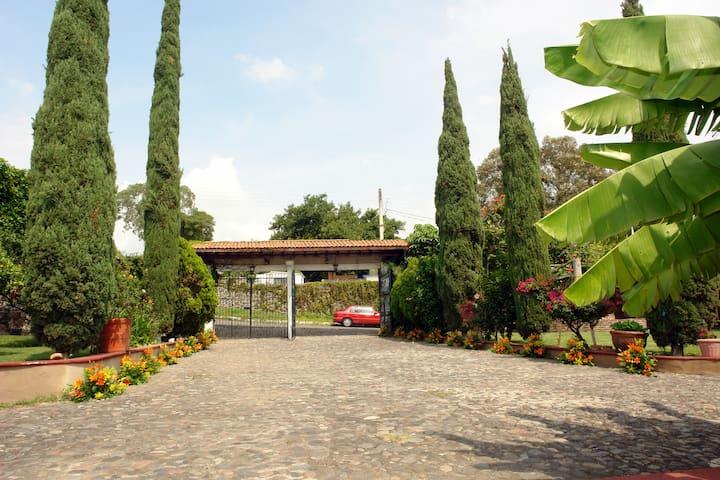 Hermoso Hotel Boutique Jardin Real de Valle - Tlayacapan  - Boutique-hotelli