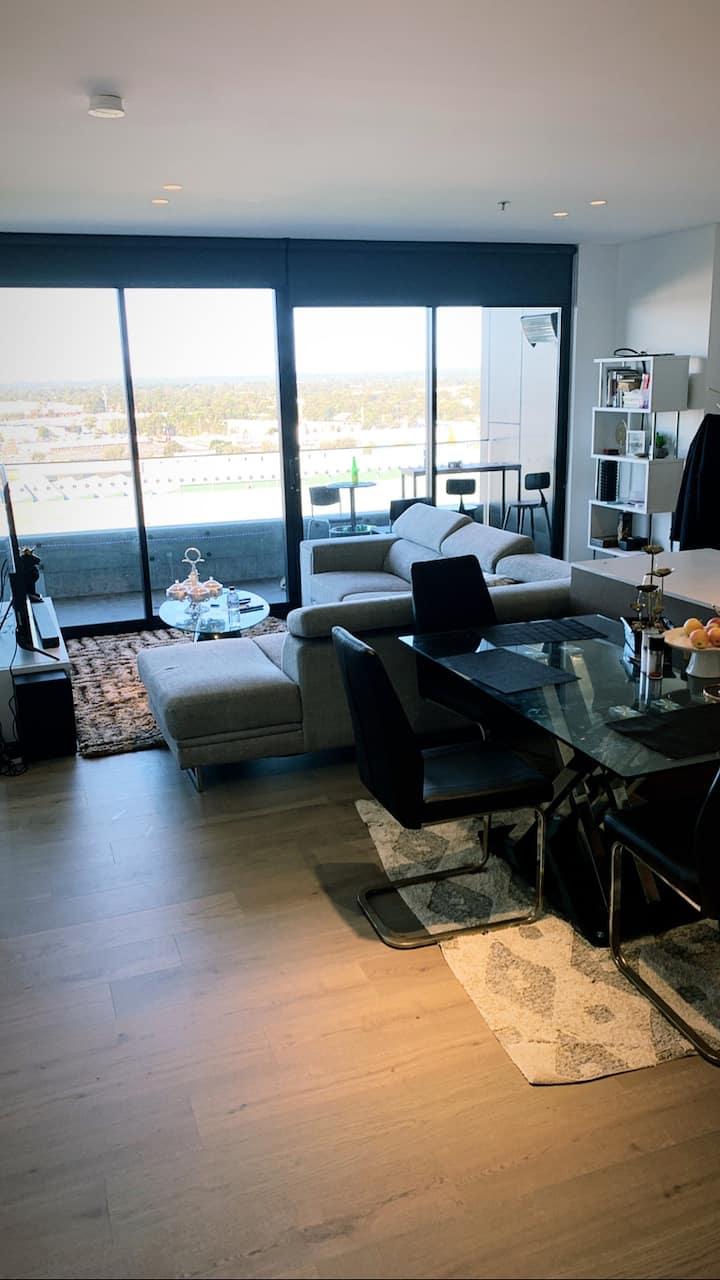 Grand lux home