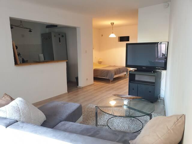 T1 de 40 m2 pour 2 personnes Solliès-Ville, Var
