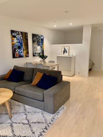 Modern apartment close to city & public transports