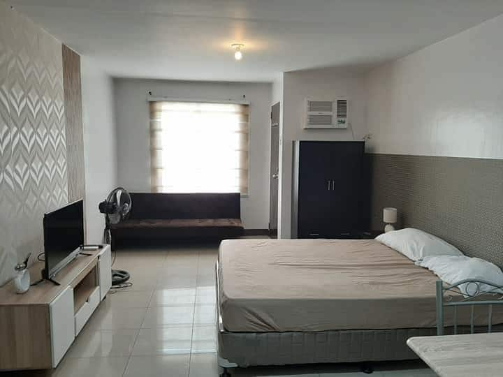 month long stay-Condo Cebu, Mandaue City WIFI