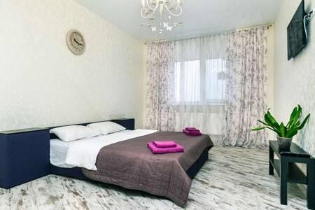 Уютная квартира с видом на сосны, все рядом!