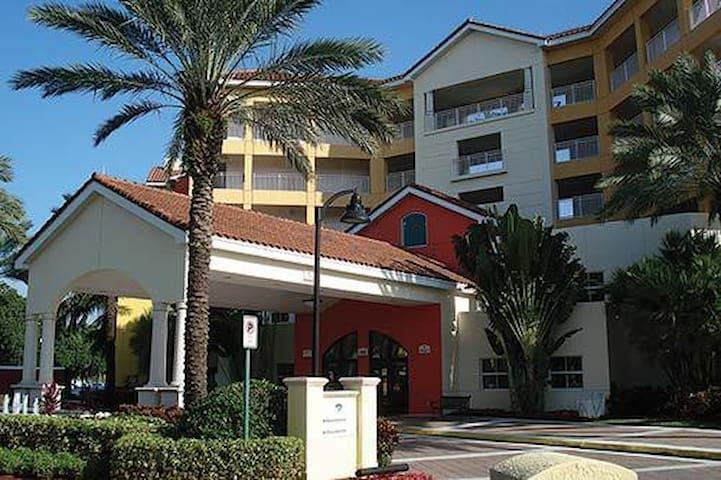 Doral,FL..Marriott Villas. 2BEDROOM
