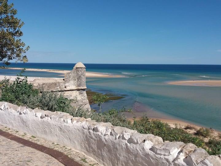 Cacela Velha, Haus am Meer