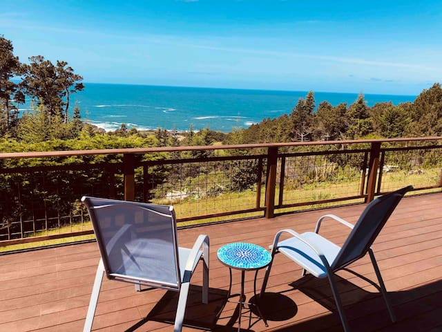 Behold the sea! Ocean view sanctuary on 10 acres