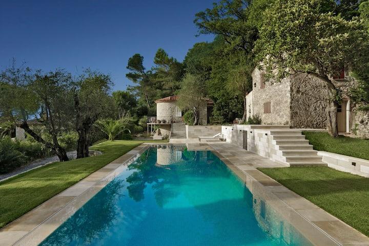 Double Villa Moderne à Mougins - Côte d'Azur