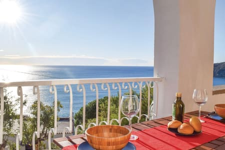 Holiday apartment with 1 room on 45m² in Moneglia -GE-