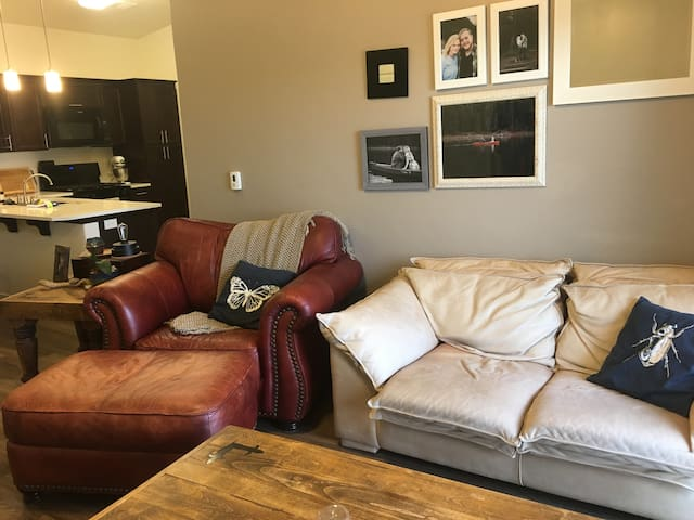 Eclectic Hilltop Private Apartment in Lehi - Lehi - Apartament