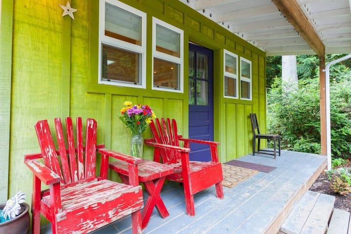 Private Studio Guest House