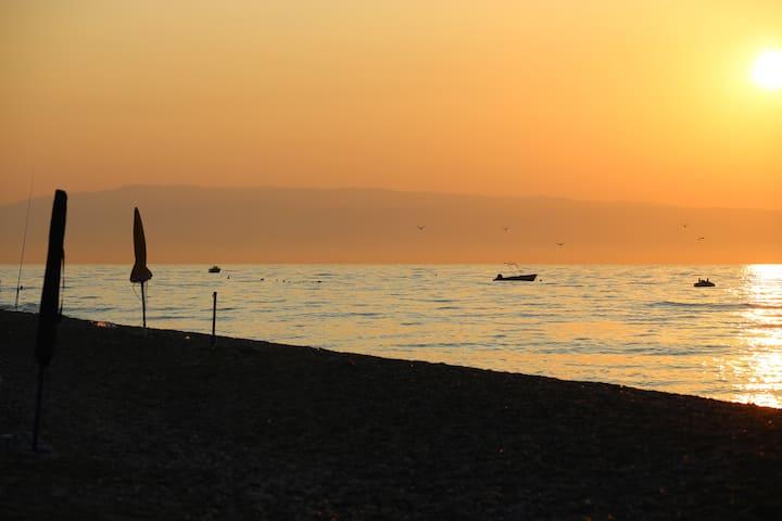 Vacanze a Letojanni (Taormina) a 100 mt dal mare
