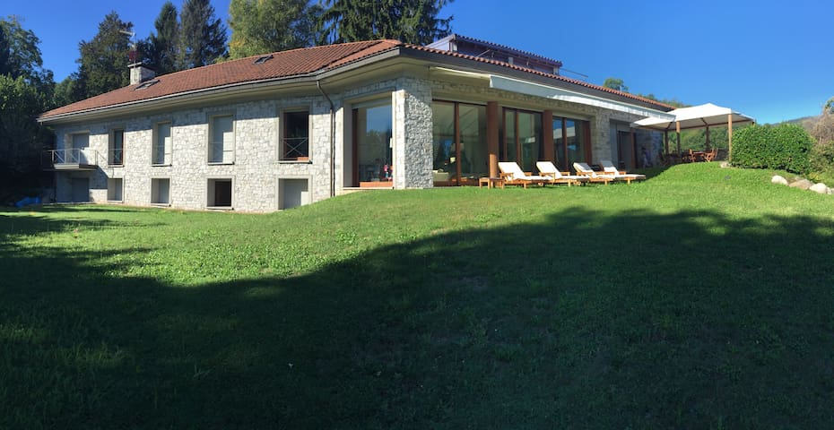 Beautiful  Villa with stunning view - Meina - Villa