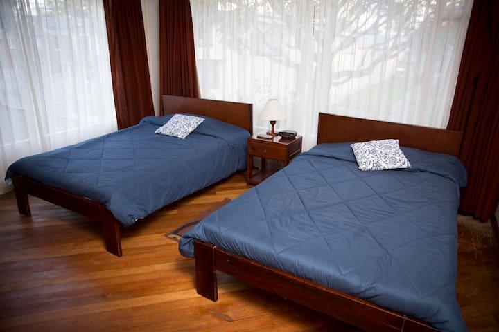 Casa Completa o habitación individual