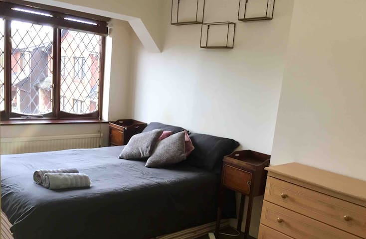 Double Room 3 - 20 min from city center