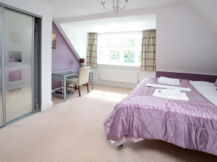 Sunny Summertown 2BR Apartment + Parking ☀ Oxford