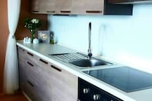 A modern, fully equipped kitchen