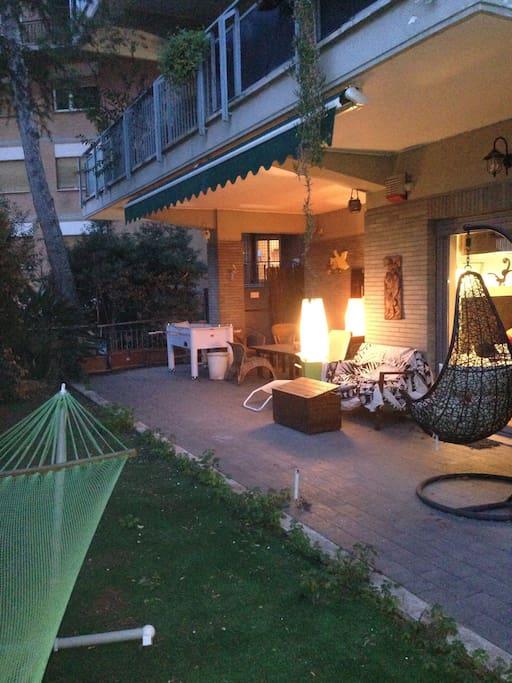Stanza doppia in casa moderna e zen con giardino - Casa con giardino roma ...