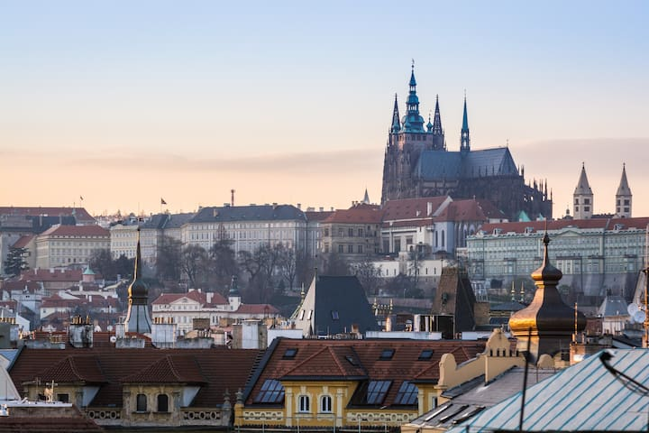 Great View Of Prague & Old Town, 2 bedrooms, ROY - Praha - Dům