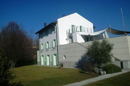 "Casa da ""GIOVI""  - Caneva - Leilighet"