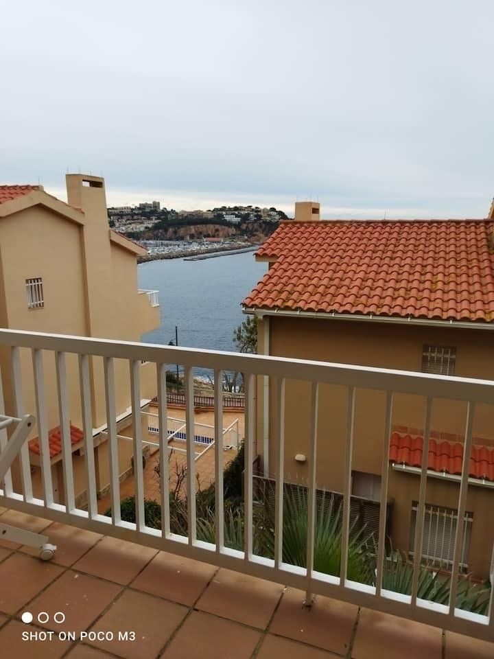 Habitación privada delante al mar.