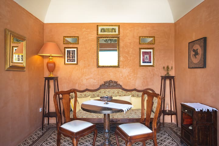 Rent apartment in a former winery! - Karterados - Villa