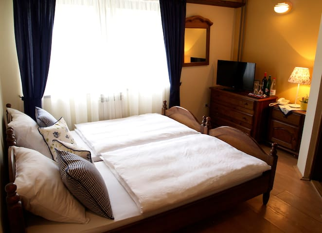 Standard twin/double room 3 - Сараево
