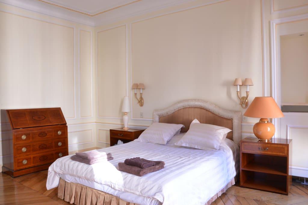 Master Bedroom / Suite Parentale