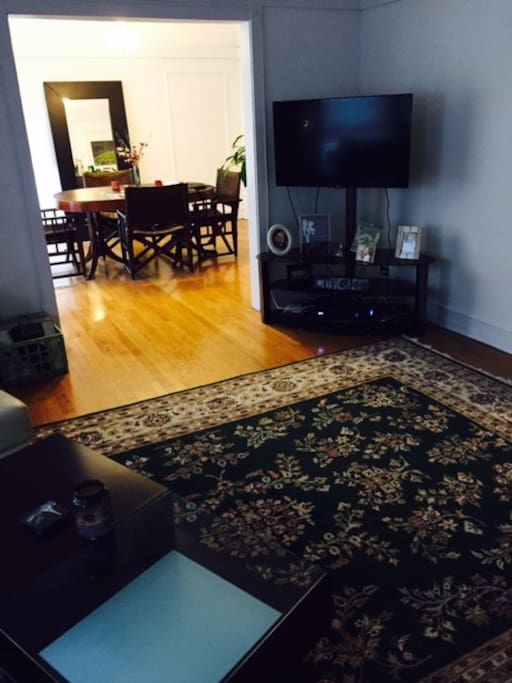 Spacious Living Room area. Cable features xfinity On Demand with HBO.