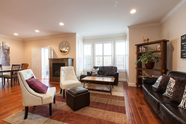 Lux private SF home great access & Business Ready! - San Francisco - Apto. en complejo residencial