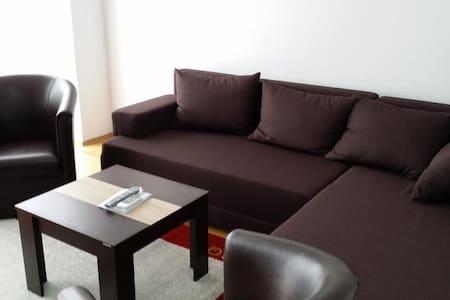 Kruje best place to stay! - Fushë-Kruje - Appartement