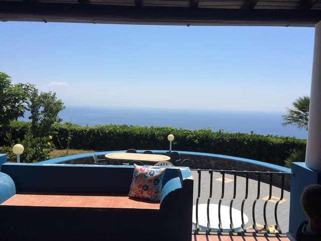 Charming villa with a stunning view - Pianoconte - Dom