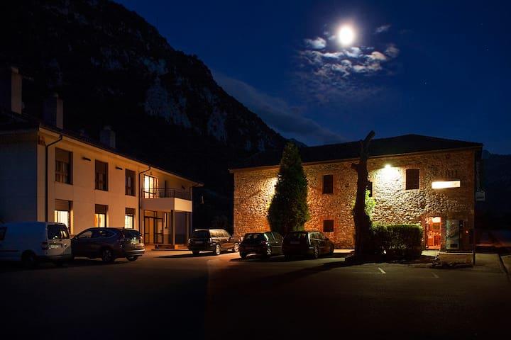 Habitación triple en La Senda del Oso, Asturias