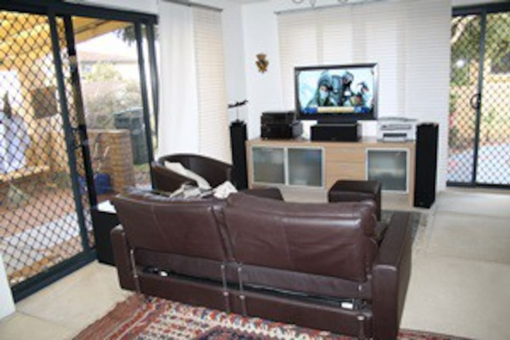 Comfy couch with surround system