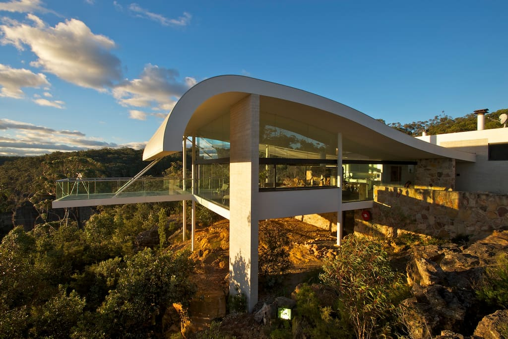 The seidler house by contemporary hotels houses for rent - The best house in wales ...