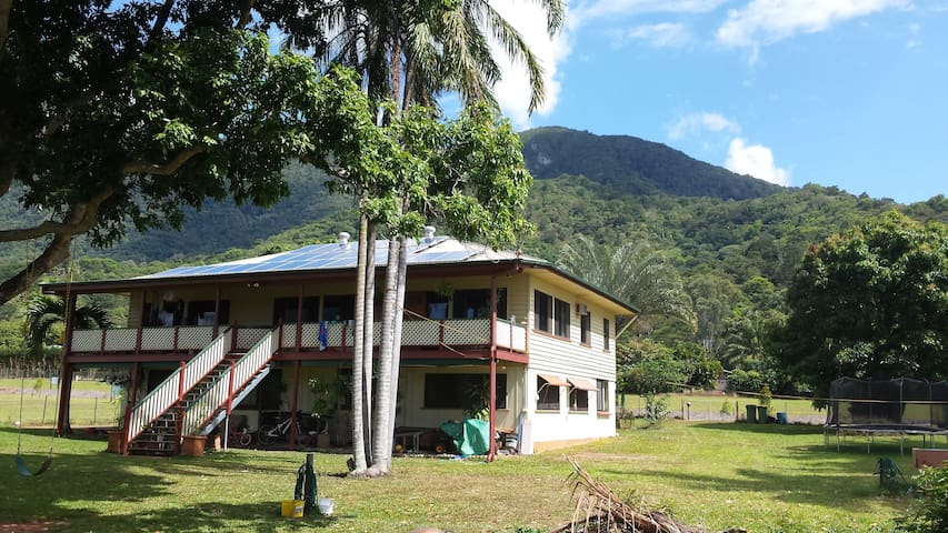 Majestic Mountains views in Queen Bedroom +Wi-Fi - Redlynch - Bed & Breakfast