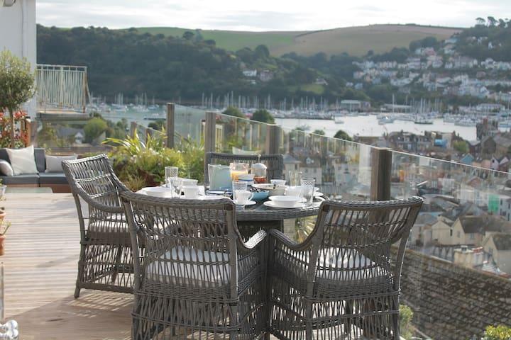 Compass Rose superking + greatviews - Dartmouth - Bed & Breakfast