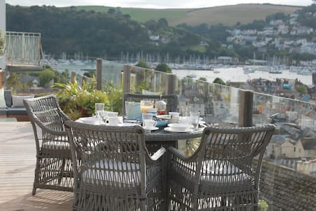 Compass Rose superking + greatviews - Dartmouth - Bed & Breakfast