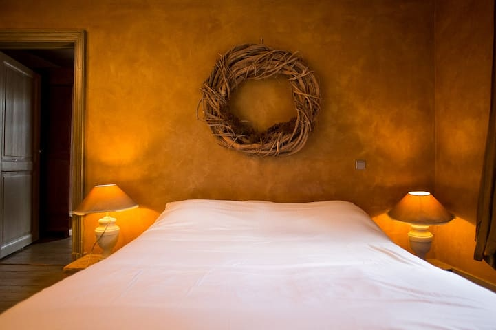 The Guest House - Chambre double - Durbuy - Bed & Breakfast