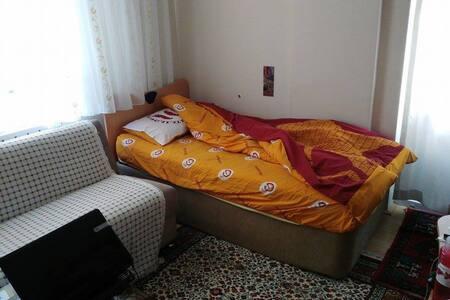 sincan merkezde bi apartman dairesi - Sincan