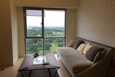Prime 1BR condo in The Fort, BGC - Taguig
