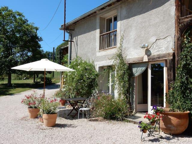 La Petite Grange  - rural gîte - Fréchède - House