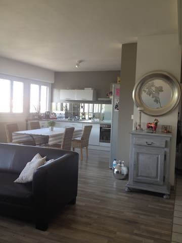 Appart lumineux & cosy, superbe vue - Montbrison - Apartment