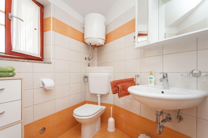 A new small house apartment Morena  - Rovinjsko Selo - 獨棟