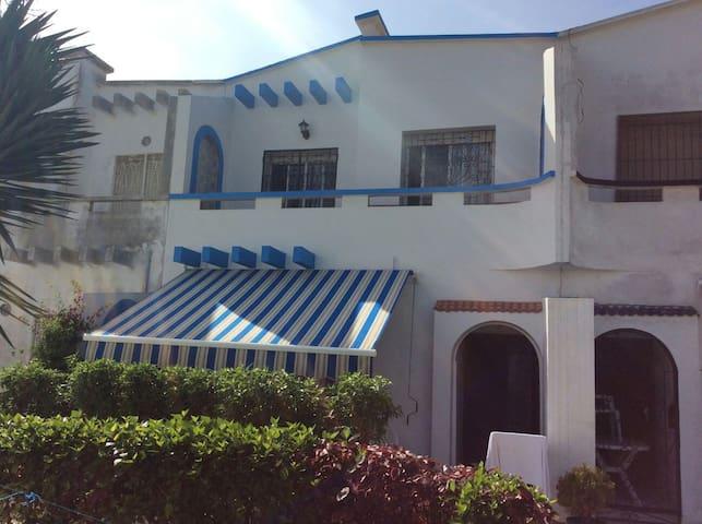 Un Duplex dans résidence férmée . - Sidi Bouzid - House