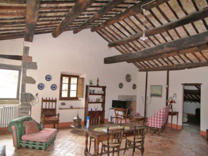 Beautiful Etruscan apartment