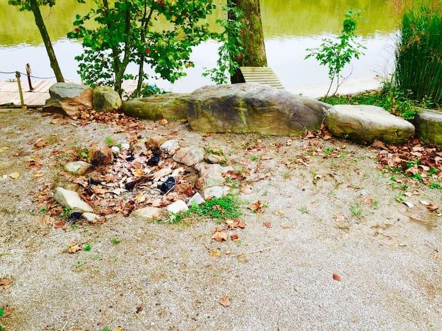 River Retreat Tiny Home #1 - Marietta - Otros