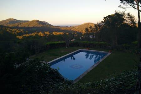 Espectacular Villa en Begur - เบกูร์ - ที่พักพร้อมอาหารเช้า