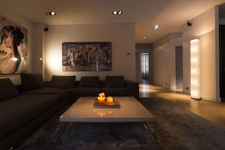 Upscale Loft with high services - Carouge